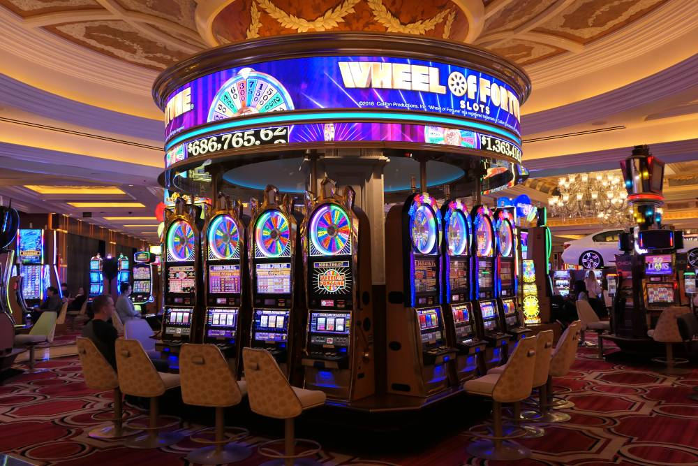 Wheel of Fortune slots, WoF jackpot Venetian Casino